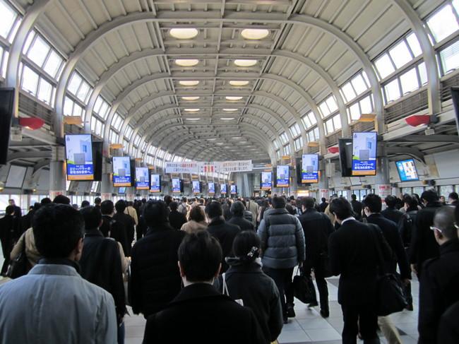 0002_品川駅朝の風景.JPG