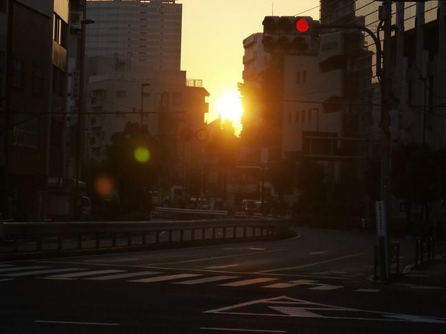 0006_東京ツーリングの朝日.JPG
