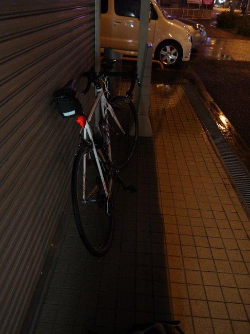 0331_雨宿り.JPG