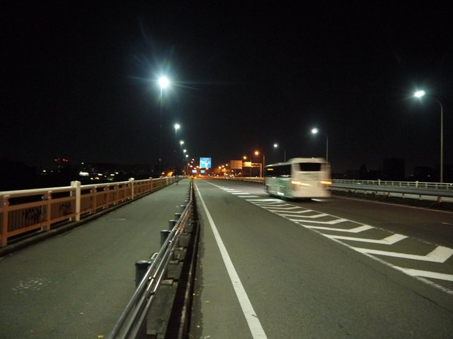0357_多摩サイ通過.JPG