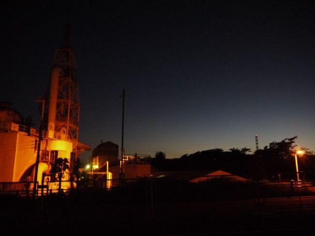 0406_橋本のガラス工場と夜明け.JPG