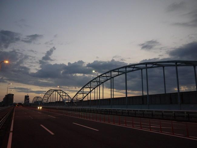 0407_多摩サイ通過.JPG