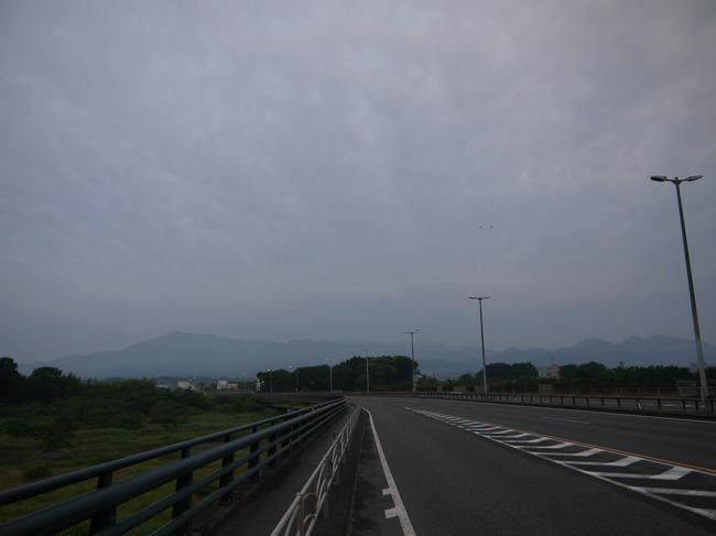 0434_中津川大橋から丹沢.JPG
