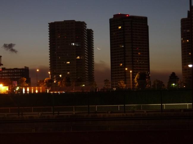 0450_みなとみらいの夜明け.JPG