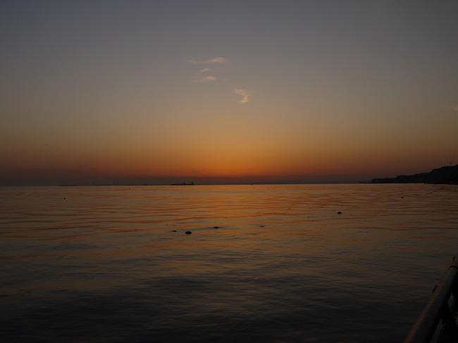 0451_馬堀海岸の穏やかな海.JPG