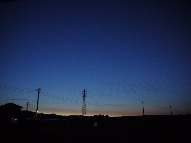 0452_ソレイユの丘から東の空.JPG