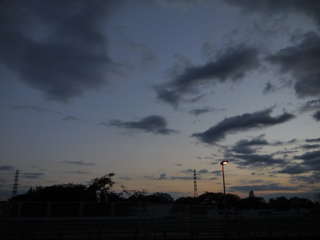 0453_橋本での東の空.JPG