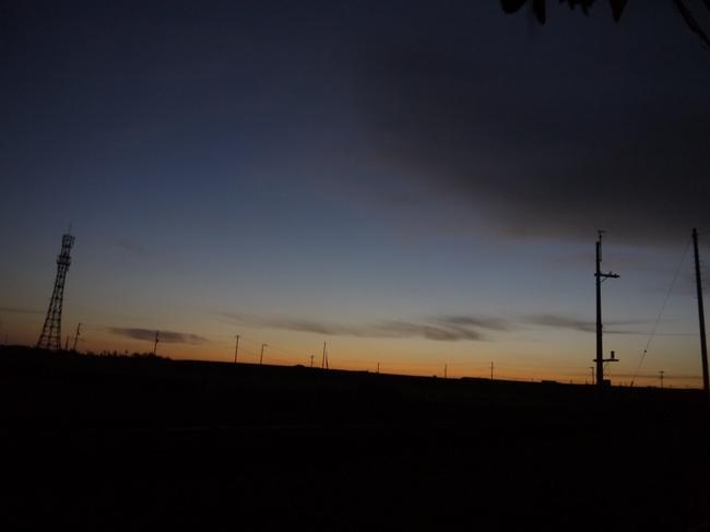 0458_三崎口と東の空.JPG