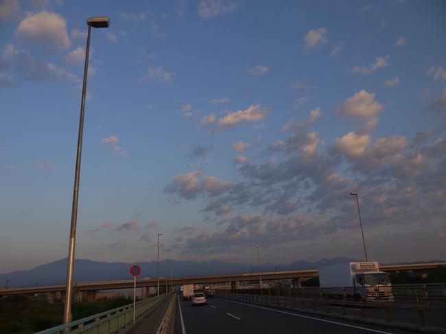 0500_丹沢の山々.JPG