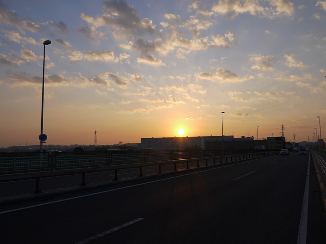 0501_相模川から日の出.JPG