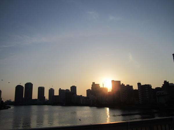 0531_勝鬨橋と朝焼け.JPG