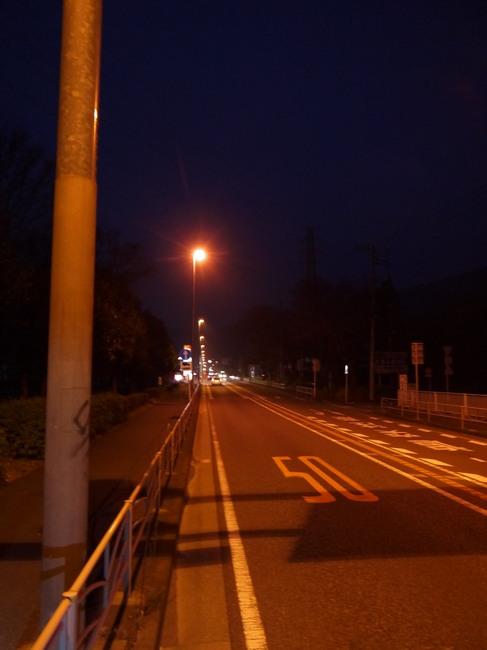 0535_真っ暗な善波峠入り口.JPG