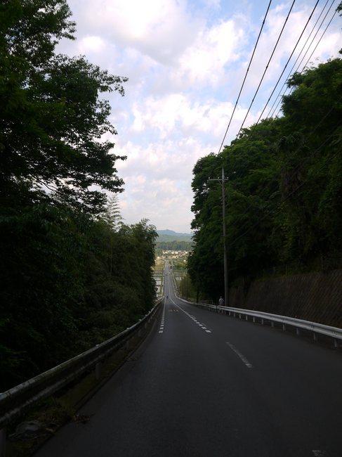0542_中津川直線の下り.JPG