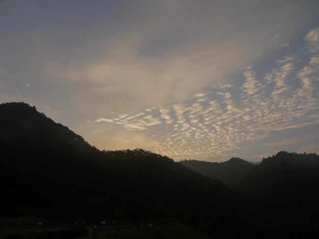 0543_宮ケ瀬湖の朝焼け.JPG
