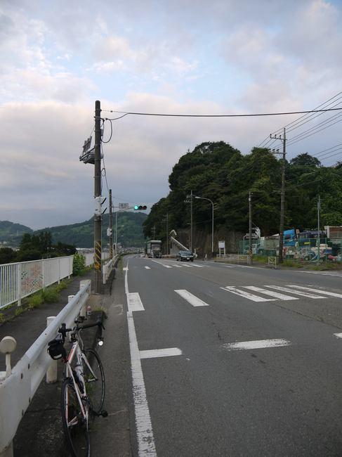 0547_山北町への道.JPG