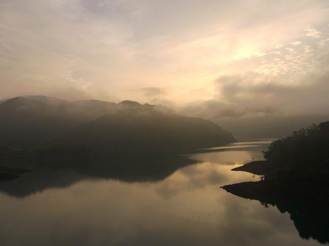 0549_虹の大橋から奇麗な朝焼け.JPG