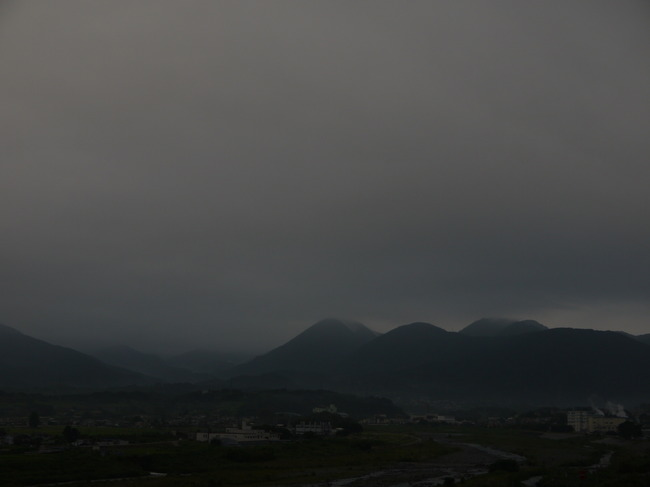 0551_矢倉岳と足柄峠方面.JPG