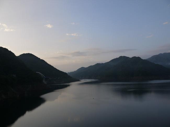 0554_宮ヶ瀬湖に到着.JPG