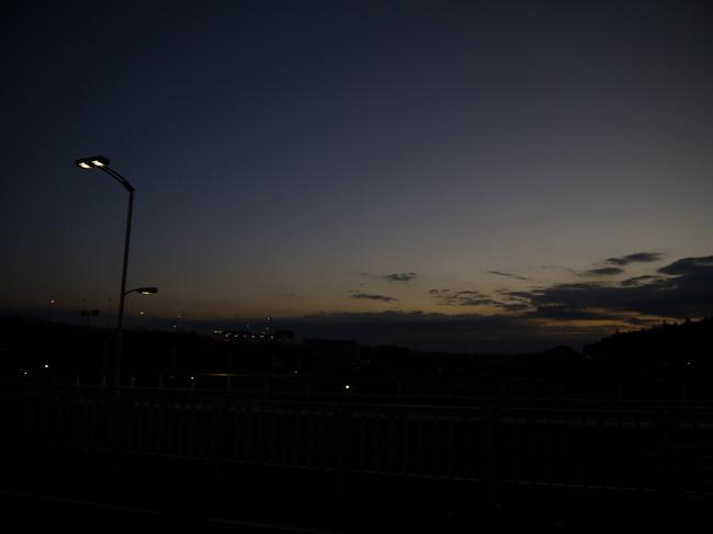 0603_あるき野インターにて朝焼け.JPG