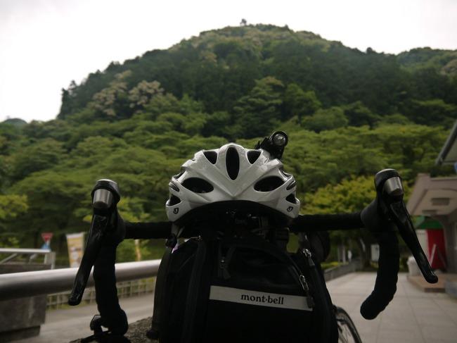 0607_津久井湖で休憩.JPG
