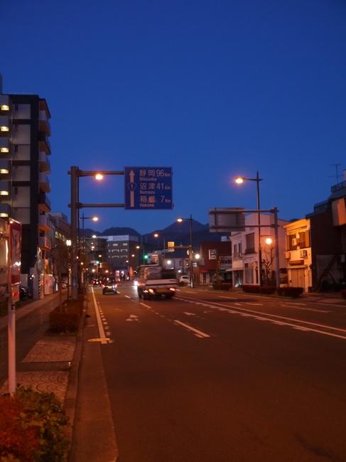 0615_箱根へ7km.JPG