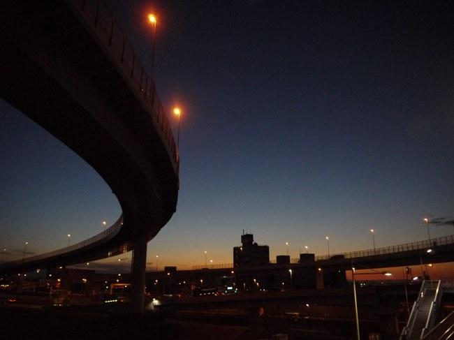 0616_国道357号合流から東の空.JPG