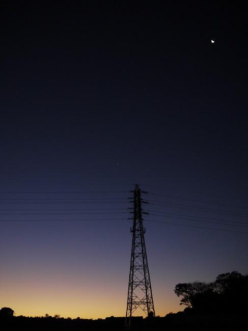 0616_薄明の下弦の月.JPG