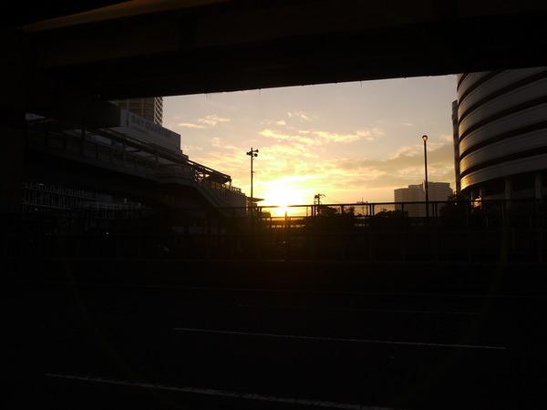 0628_MM夜明け.JPG