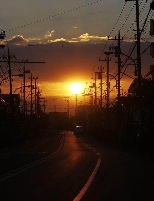 0631_五日市で朝焼け.JPG