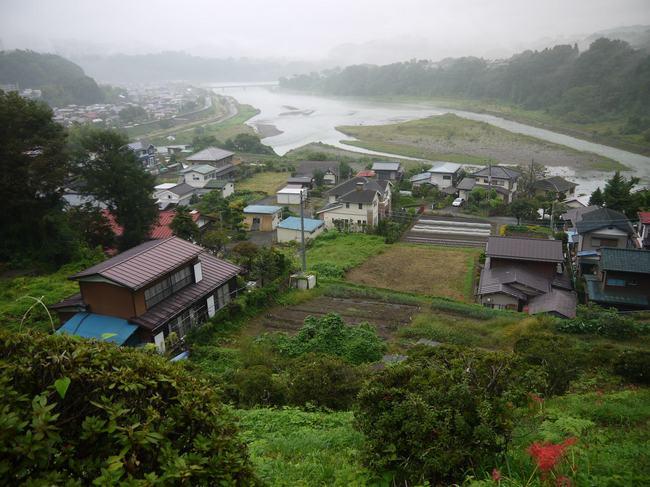 0641_四方津への登りから桂川.JPG