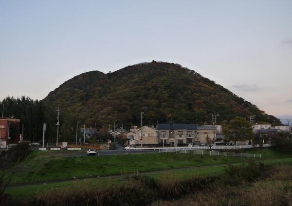 0643_夜明け前の湘南平.JPG
