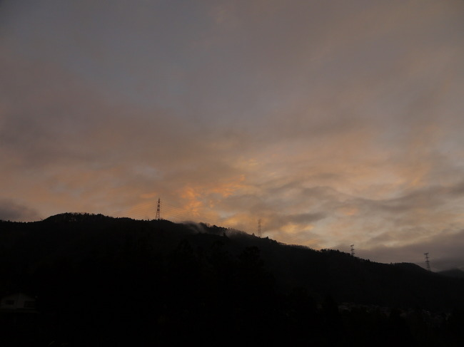 0644_朝焼けが始まる.JPG