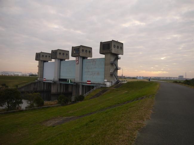 0646_岩淵水門.JPG