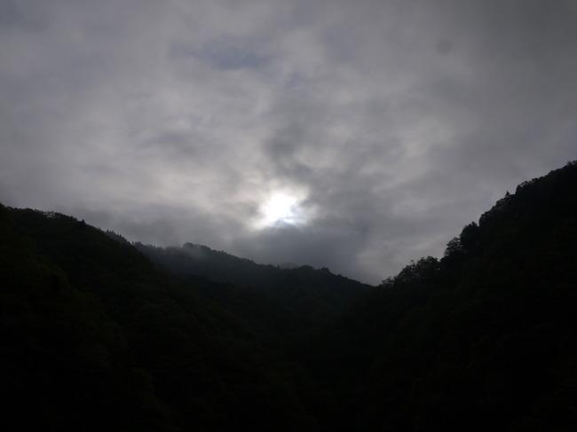 0653_静かな宮ケ瀬湖.JPG