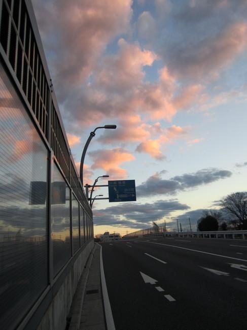 0658_拝島から夜明けの雲.JPG