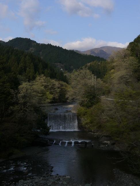 0700_裏ヤビツのダム.JPG
