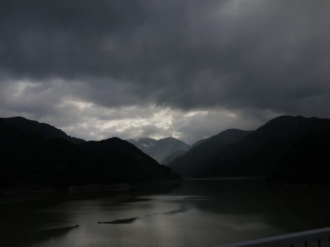 0703_丹沢湖より玄倉方面.JPG