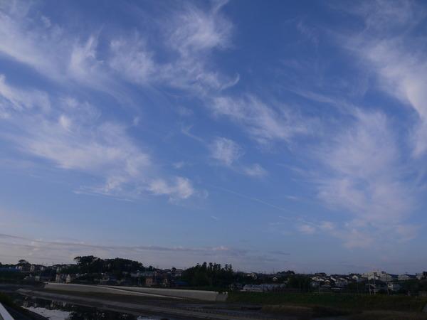 0710_18日の秋の空.JPG