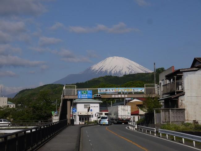 0715_小山より大きくなった富士.JPG