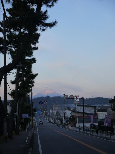 0718_大磯から朝富士.JPG