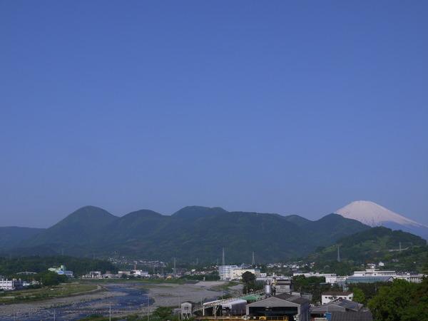 0730_富士と酒匂川.JPG
