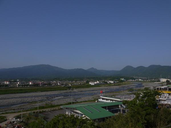 0730_酒匂川と箱根の山.JPG