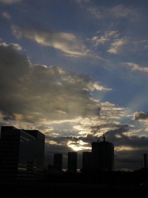 0734_シオサイトの朝日.JPG