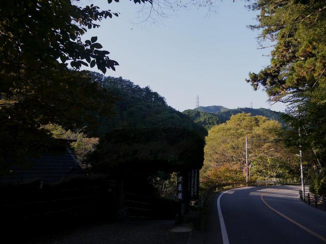 0742_入山峠へのアクセス.JPG