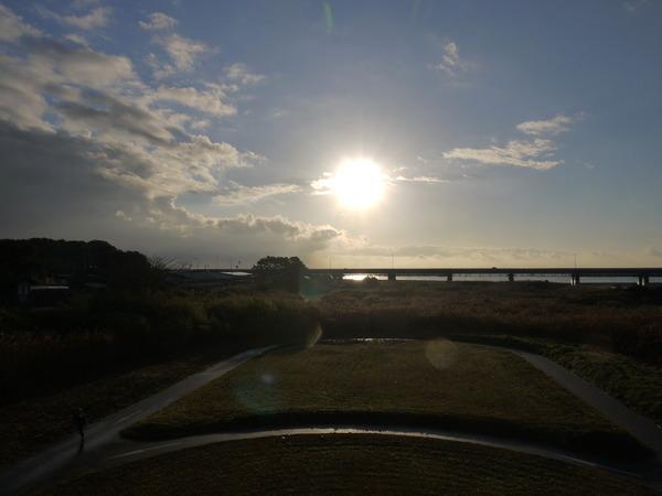 0752_酒匂川の朝日.JPG