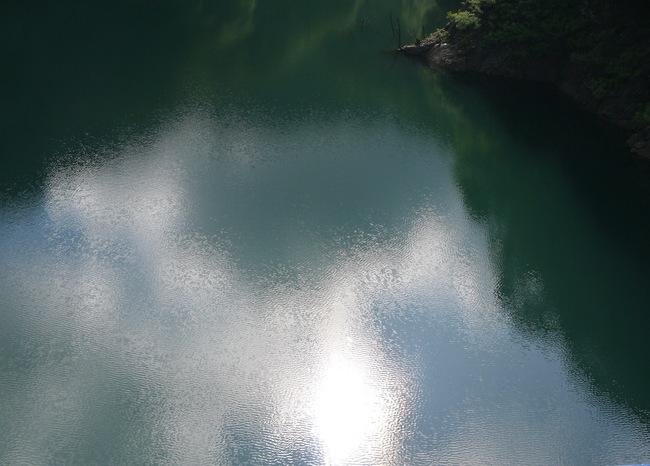 0754_宮が瀬湖面.JPG