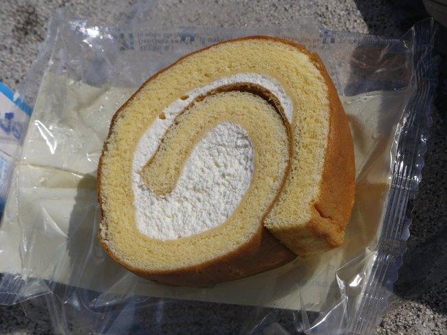 0756_至福のロールケーキ.JPG