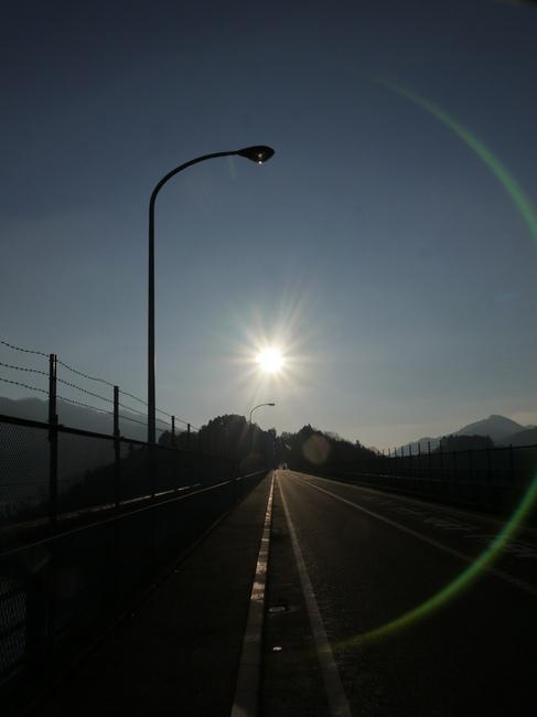0806_真正面に朝日を受ける.JPG