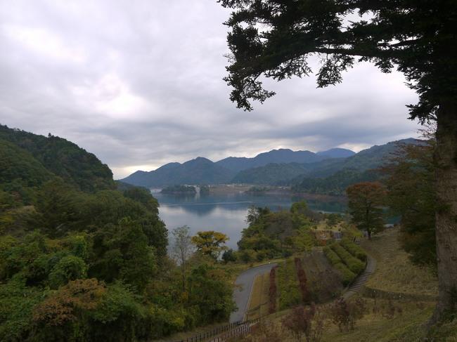0818_鳥屋原から宮ケ瀬湖.JPG