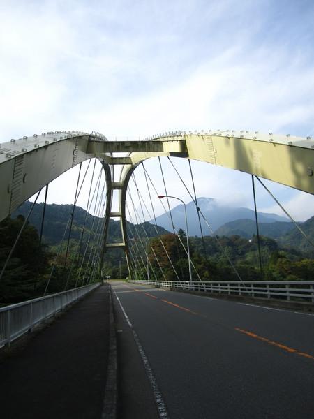 0819_静かな大橋.JPG